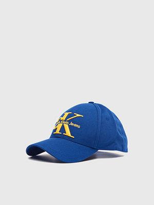 Kepsar - Calvin Klein Jeans Re-issue Baseball Cap 436 Blue Depths