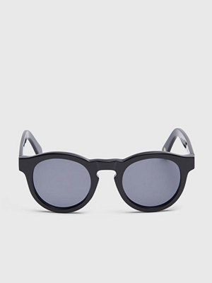 Solglasögon - Nividas Stockholm Shiny Black