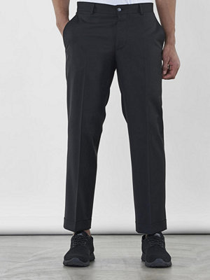 Byxor - Ljung by Marcus Larsson Cropped Tailored Trousers Black