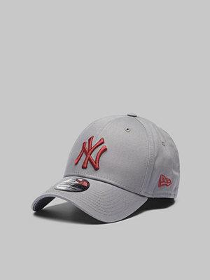New Era 39Thirty MLB Team Logo NY Yankees Gray/Red