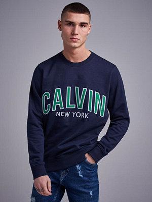 Calvin Klein Jeans Calvin Graphic Crewneck 402 Night Sky