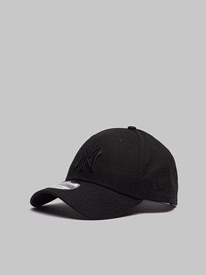 New Era 9Forty Snapback Mid NY Yankees Black/Black