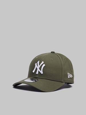 Kepsar - New Era 9Forty New York Yankees New Olive/White