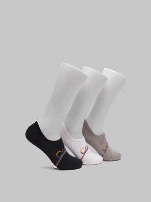 Strumpor - Calvin Klein Underwear Toby 3-pack Pride Liner 96 White/Grey/Black