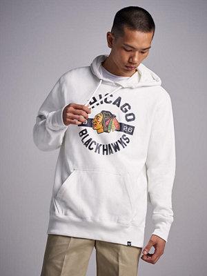 Street & luvtröjor - 47 Brand NHL Chicago Blackhawks Headline Hood White Wash