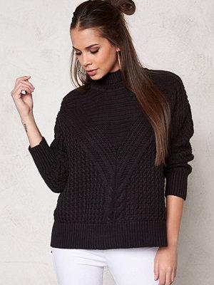 Make Way Raquel Sweater