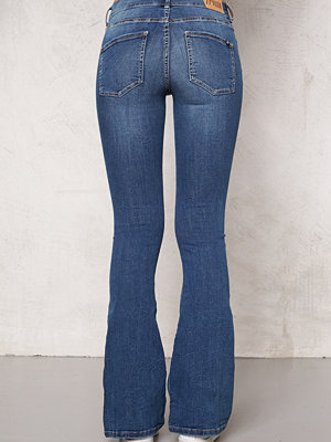 77thFLEA Tove Flared Superstretch Jeans