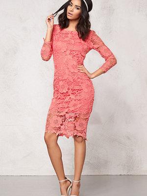 Model Behaviour Tuva Dress