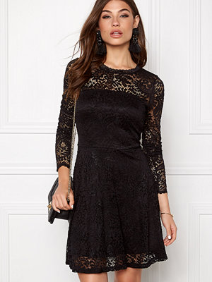 Vero Moda Celeb Lace Short Dress