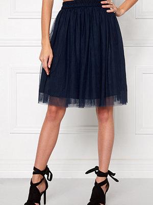 Make Way Rose Skirt
