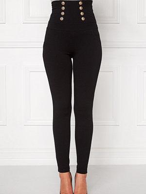 Chiara Forthi svarta byxor INtrend Napoleon Pant