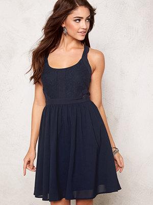 Model Behaviour Kajsa Dress