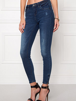 Only Kendell Ankle Jeans