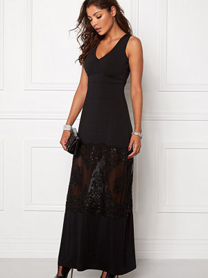 Chiara Forthi Aava Evening Gown