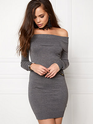 Bubbleroom Offshoulder knitted dress