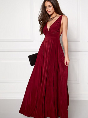 Goddiva Pleated Oscar Maxi Dress