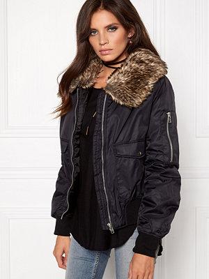 Rut & Circle svart bomberjacka Kate Fur Collar Jacket