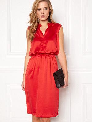 Soaked in Luxury Portia Dress