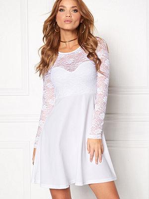 Bubbleroom Grace lace dress