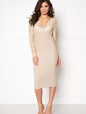 Girl In Mind Lace Bodycon Dress