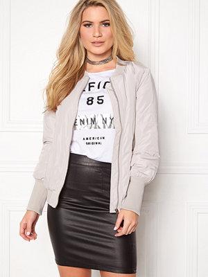Vila Concrete new jacket/4