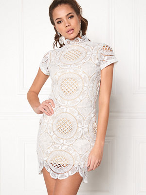 Girl In Mind Lace Dress