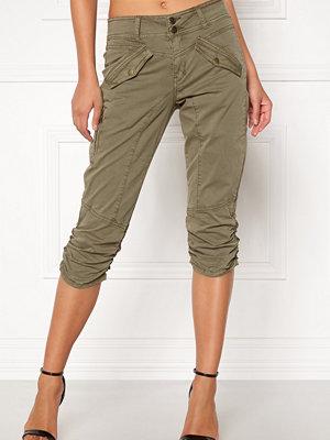 B.Young Kyra Cargo Shorts