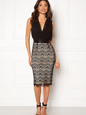 Girl In Mind Naomi Pleated Dress