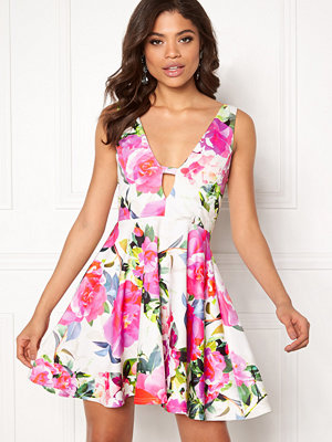 New Look Go Nyla Skater Dress