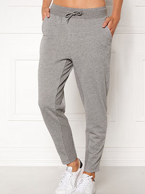 Only Play ljusgrå byxor Zira glitter Sweat Pants