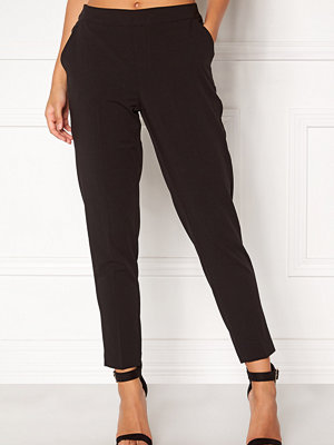 Object svarta byxor Cecilie 7/8 Pants