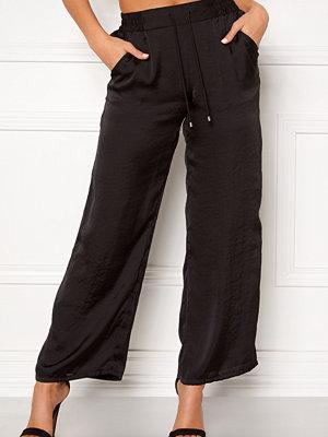 Happy Holly svarta byxor Embla trousers