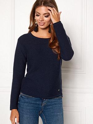 Boomerang Knopp Sweater