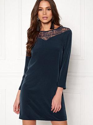 Jacqueline de Yong Kira 7/8 Lace Dress