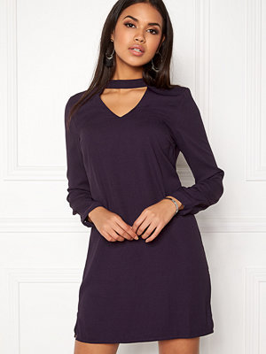 Vero Moda Chiara LS Choker Dress