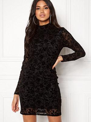 Rut & Circle Velvet Print Dress
