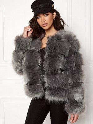 New Look Pelted Fur Short Coat