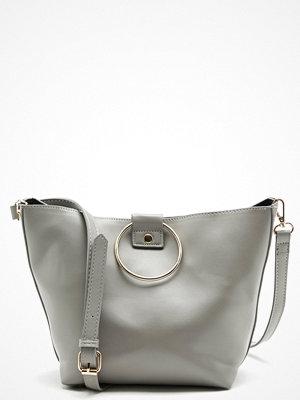 Pieces ljusgrå väska Naomi Bag