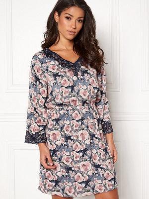 Jacqueline de Yong Appa 7/8 Lace Dress