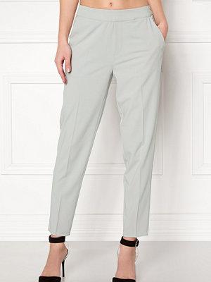 Object ljusgrå byxor Cecilie 7/8 Pants