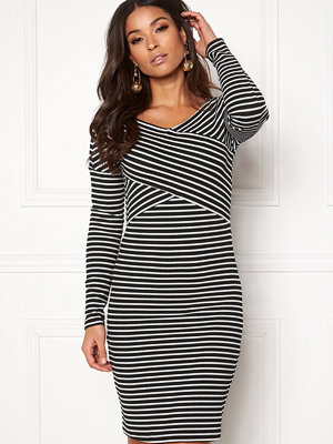 Jacqueline de Yong Akili L/S Dress Option