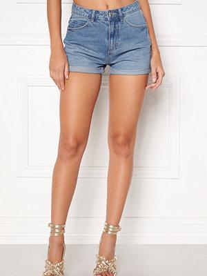 Vero Moda Nineteen HW Loose Shorts