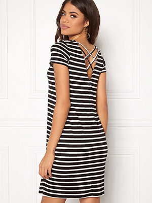Only Bera Back Lace S/S Dress