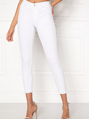 Only Blush Mid Ankle Jeans