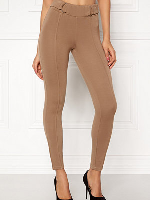 Happy Holly beige byxor Franny tricot pants