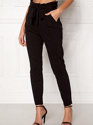 Vero Moda svarta byxor Eva Loose Paperbag Pants