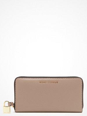 Plånböcker - Marc Jacobs Vertical Zippy Purse