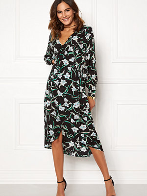Rut & Circle Flower LS Wrap Dress