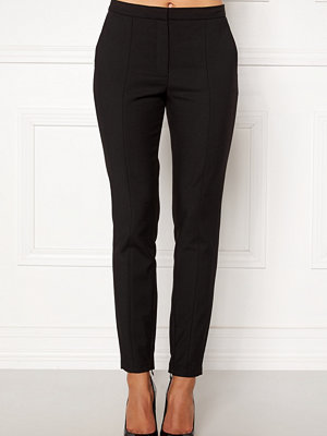 Selected Femme svarta byxor Muse Cropped MW Pant