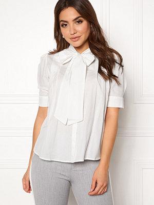 Skjortor - Vero Moda Nicole 2/4 Tie Shirt